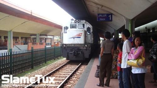 Kereta Telah Tiba