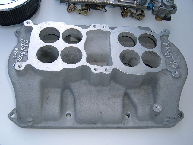 The best intake ever made for the 401-425, the Edelbrock B-262 First made in 1962