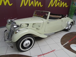 2015.09.26-012 Traction Avant cabriolet
