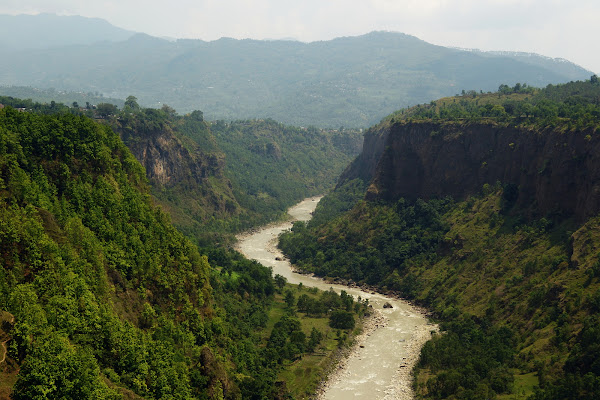 непал каньон река