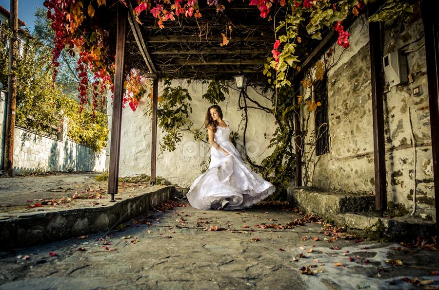 SofiaCamplioni.Com-8703 by Sofia Camplioni - Wedding Bride