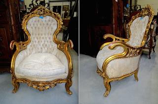 Два антикварных кресла ок.1860 г. Деревянный резной позолоченный каркас. 76/70/117 см. 4500 евро.