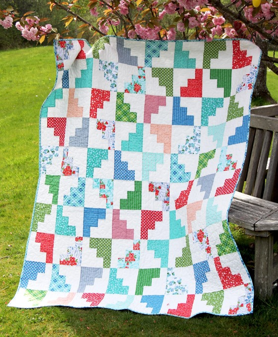 Hello March Quilt, Cluck Cluck Sew
