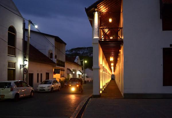 форт галле, улочка, фонари