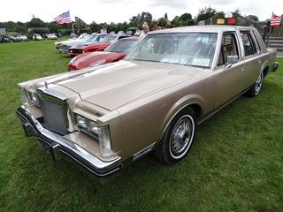 2015.08.15-021 Lincoln Continental 1979