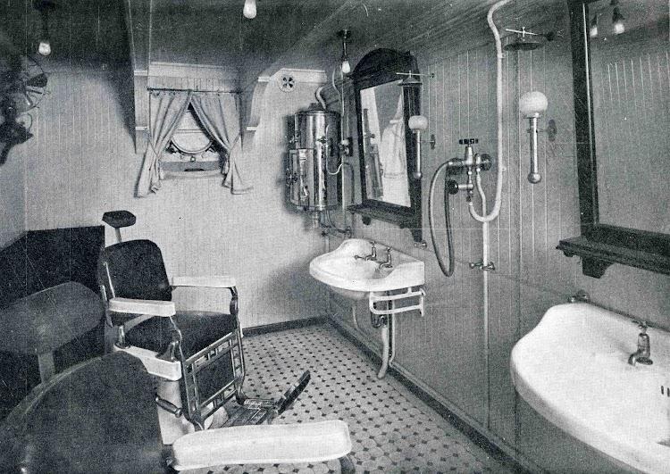 MAGALLANES. Barbería. Del libro Obras. S.E. de C.N. 1928.jpg