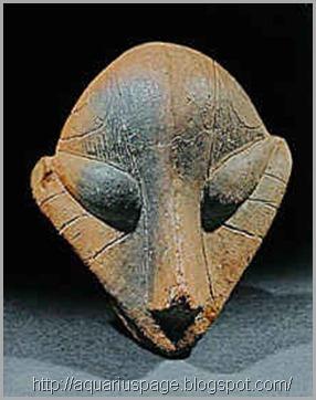 escultura-vinca-de-extraterrestre