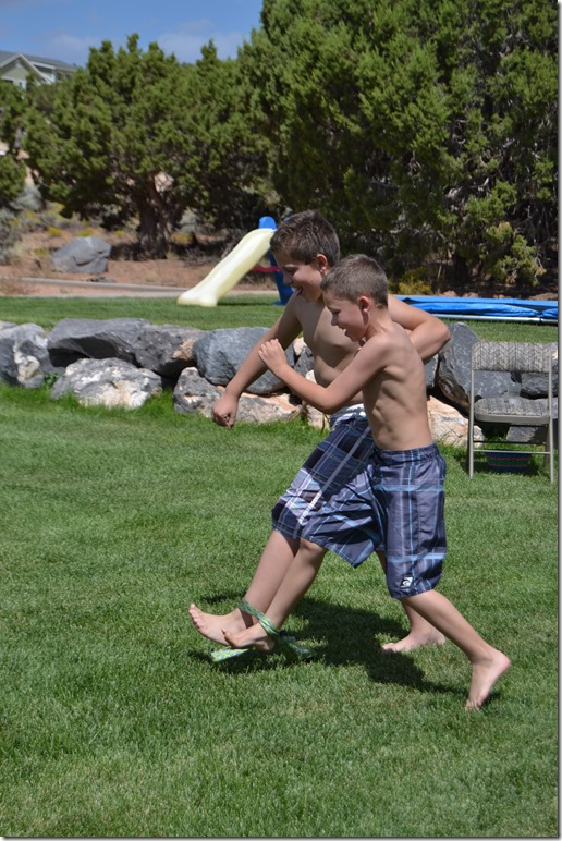 5-Relay-Races-For-Your-Next-Family-Party (89)