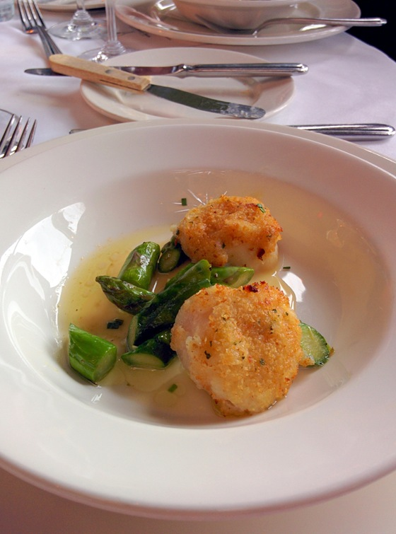 Parmeson Crusted Scallop with Asparagus Ragout and Lemon Beurre Blanc