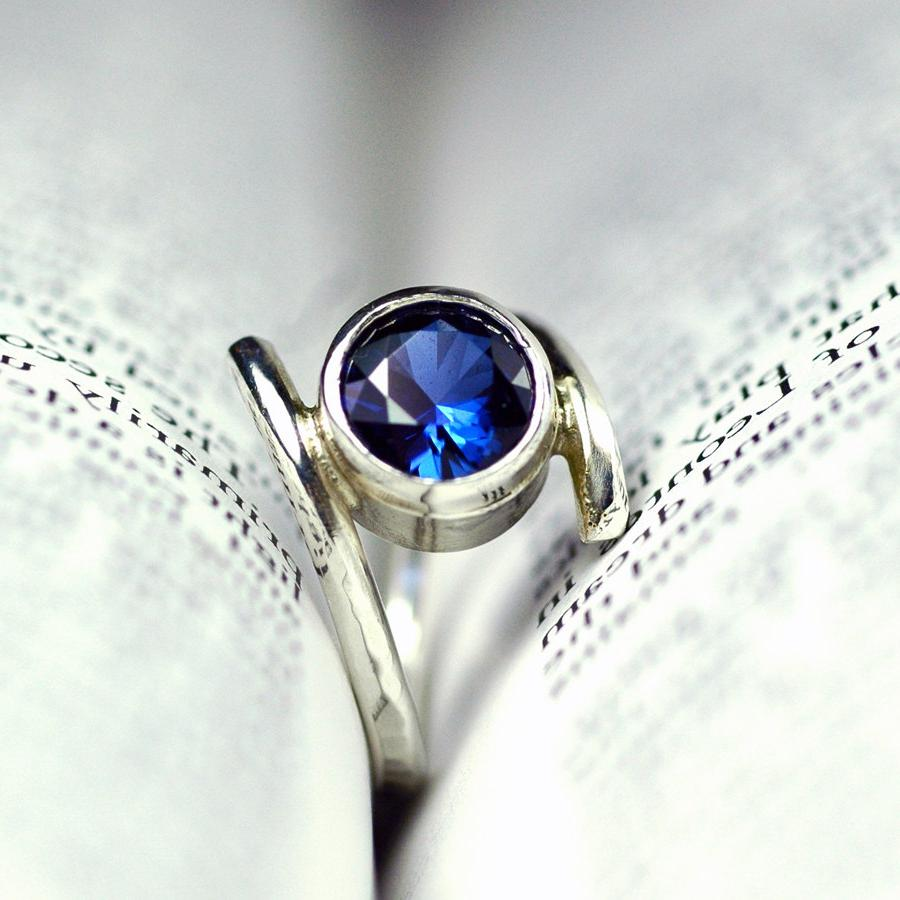 Alternative Engagement Ring .