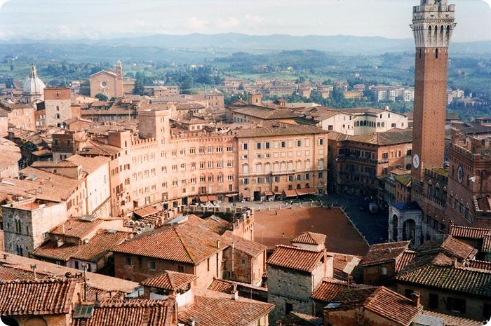 Siena-1744x1166
