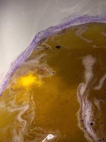 Lava Lamp Bath Bomb Impressive Lush Voyage Lava Lamp Bath Bomb Review I Couldn't Stop Touching