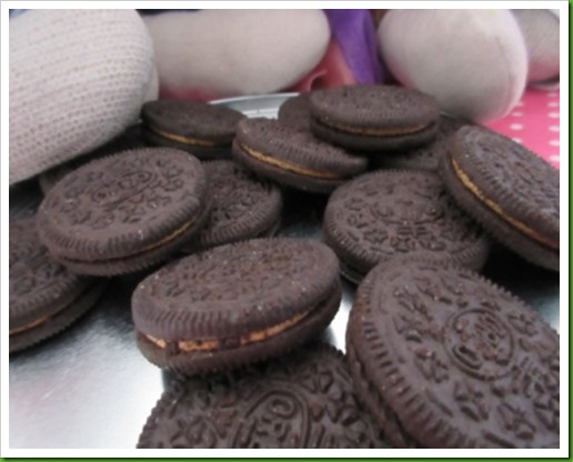Peanut Butter Oreos Limited Edition.