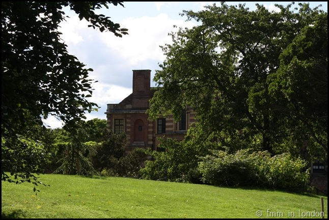 The Gardens Of Eltham Palace (17)