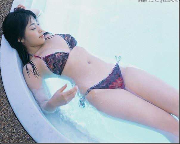 Hiroko Sato 042 1280x1024