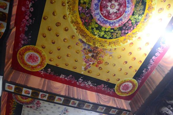 Расписной потолок в буддийском храм, Шри Ланка