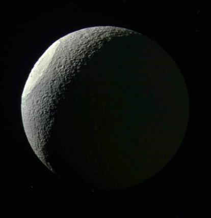 lua Tétis de Saturno