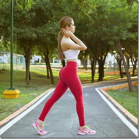 yoga-pants-girls-025