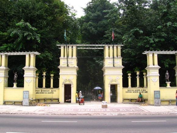 Bosque Rodriuges Alves, entrata principale - Belém do Parà, fonte: Nunez/Skyscrapercity