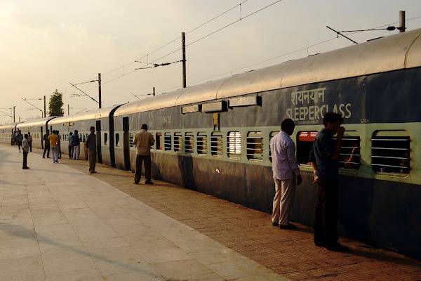 индия вагон железная дорога поезд