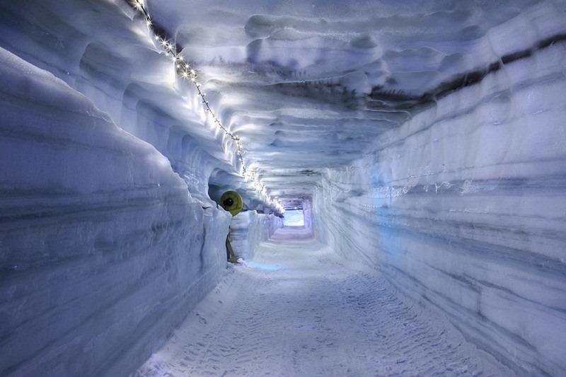 into-the-glacier-11