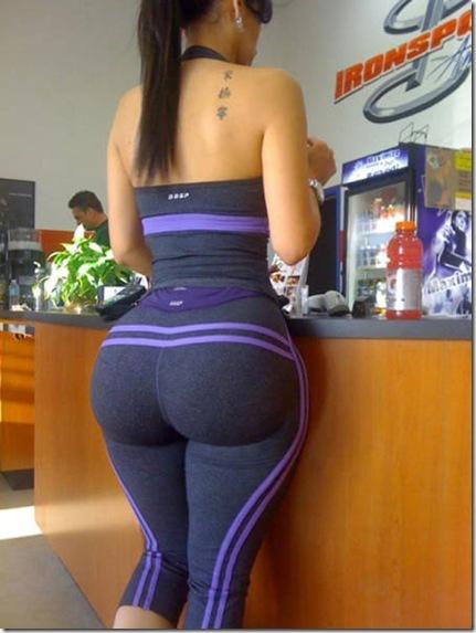 yoga-pants-girls-002