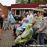 Eerste dag vierdaagse 2015 bewoners Clockstede - Foto's Harry Wolterman