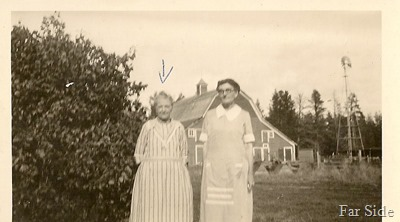 Grandma Abbott Curtis Abbotts Mother  on left (2)