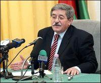 Ouyahia parle de Rebrab-Bouchouareb, Mezrag et de l'opposition