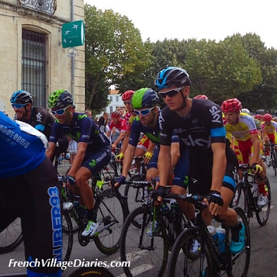 French Village Diaries Tour du Poitou-Charentes Rochefort Charente-Maritime Ben Swift Team Sky Alex Dowsett Movistar