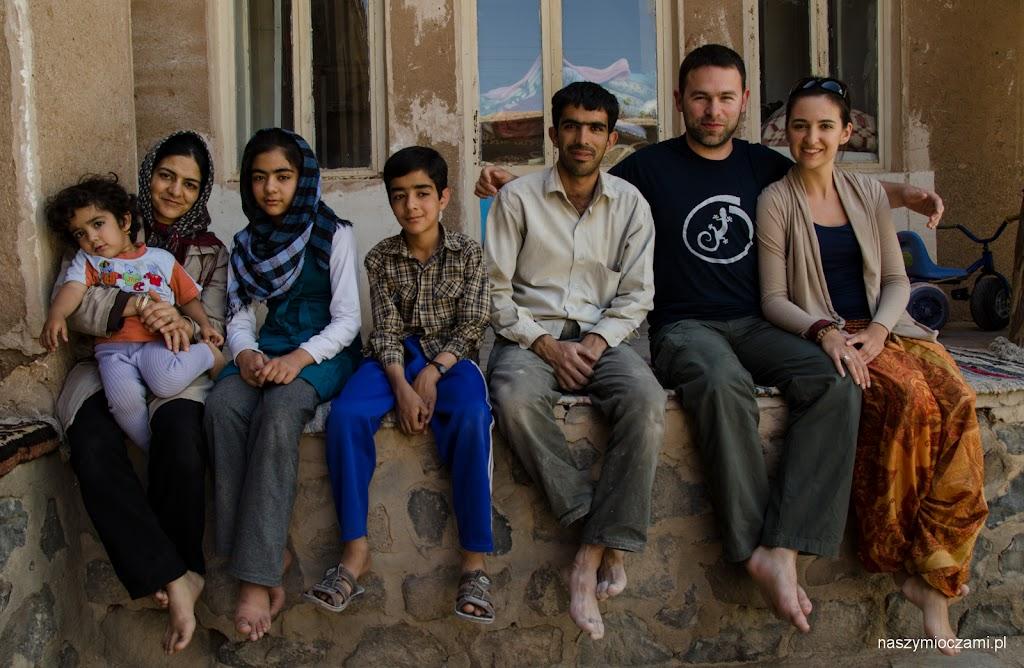 Mohammed, jego bratowa z dziećmi i my :)