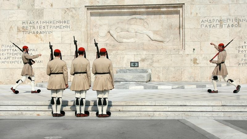 tomb-of-unknown-soldier-athens