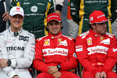Михаэль Шумахер Фелипе Масса Фернандо Алонсо на фотоссессии Гран-при Австралии 2012