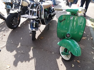 2015.10.04-019 scooters Vespa