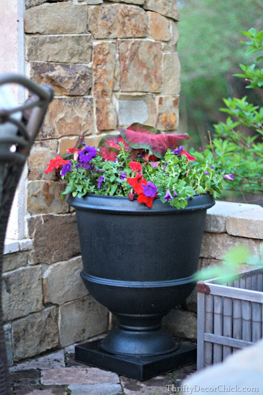 black urns for flowers