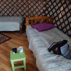 ...pod ścianami łóżka