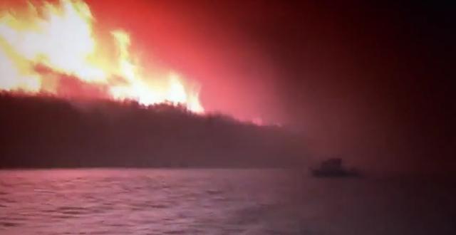 A forest fire rages near Lac La Ronge, Saskatchewan, 13 July 2015. Photo: Lolita Poirier