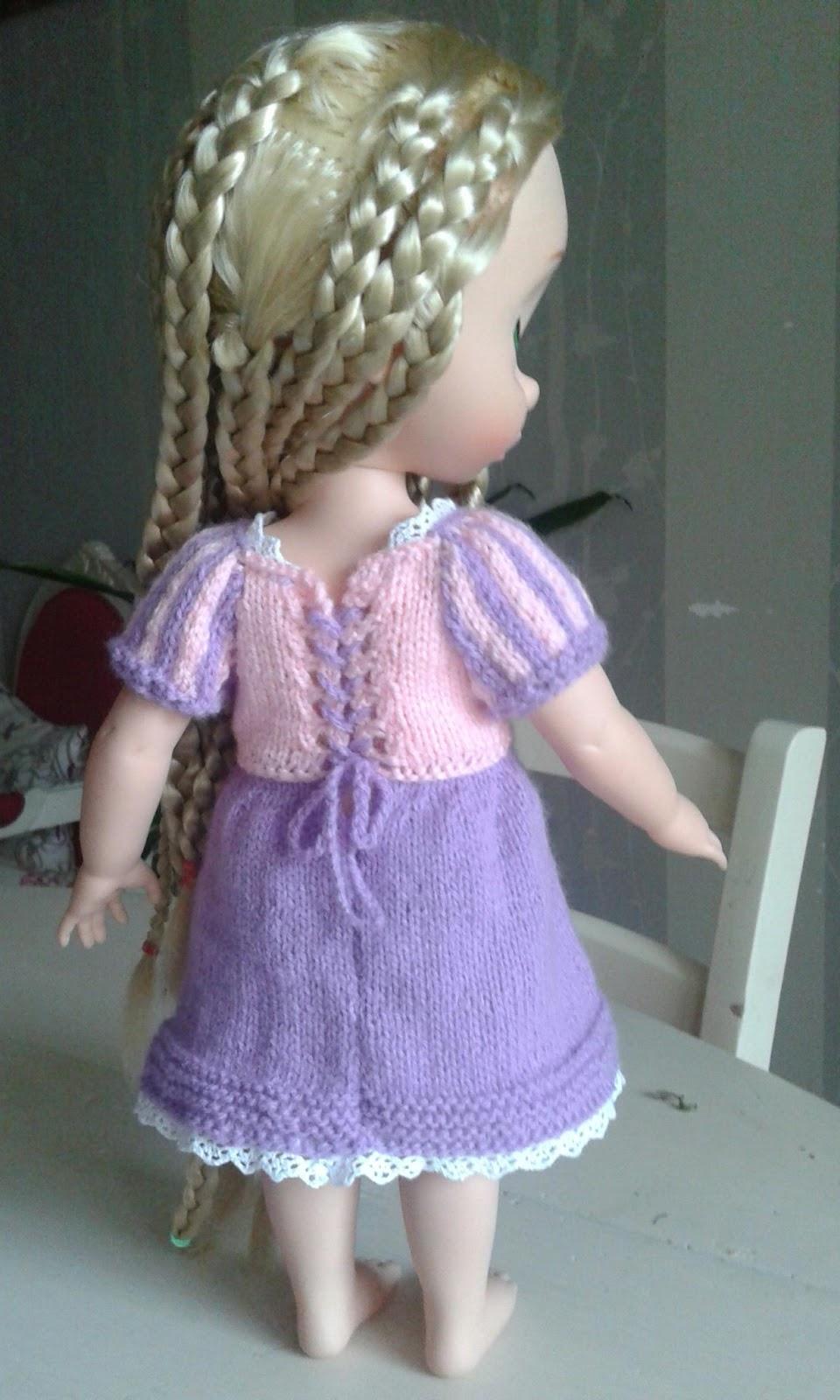 Coco couture tricot broderie tape 2 pour raiponce la petite robe - Raiponce petite ...