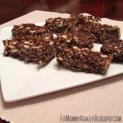 no bake, dark chocolate, healthy, clean eating, kid friendly, granola bars, peanut butter, oats, snacks, dessert
