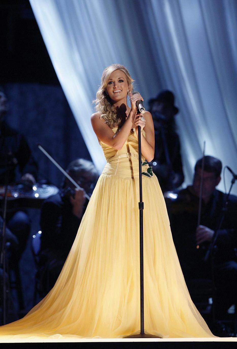 Carrie Underwood, has