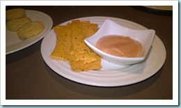 Spicy crackers with dip
