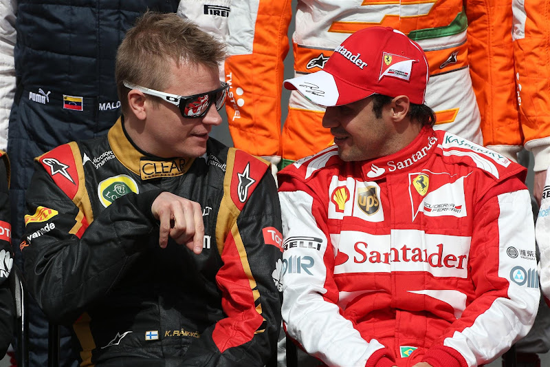 Кими Райкконен и Фелипе Масса на фотосессии пилотов на Гран-при Австралии 2013