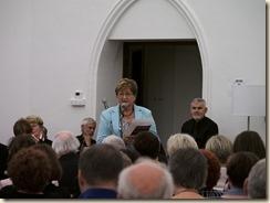 Boudewijn laat zingen: Boudewijn Knevels, 50 jaar dichter en schrijver. Edith Oeyen presenteert Monografie over Boudewijn Knevels en Verzameld werk van Boudewijn Knevels.