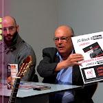 Una buena disertación de Juan Grecos... ¿Tu guitarra suena sin cuerdas? Es imprescindible conocer cómo va a sonar mejor tu guitarra, las cuerdas personalizan tu sonido… RC Strings, 40 años fabricando cuerdas de guitarra.