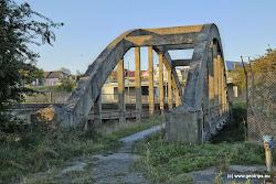Starý most přes říčku Svatavu.