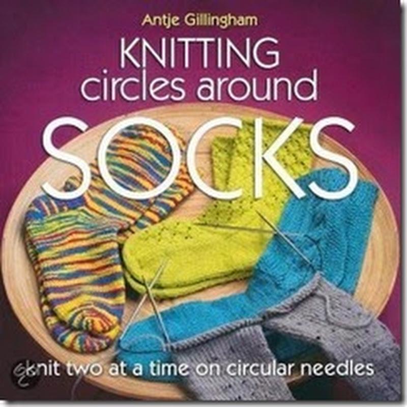 Twee sokken tegelijk breien