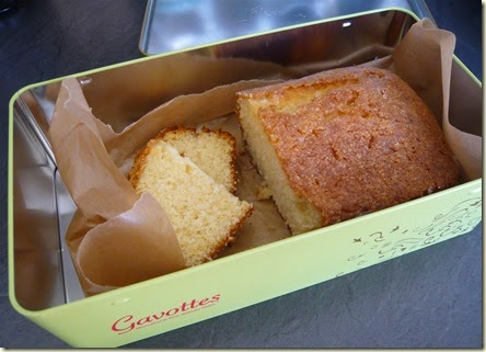 lemon drizzle cake3
