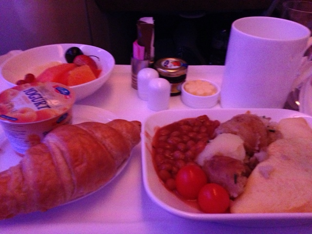 Breakfast meal in business class of an Emirates Airbus 380