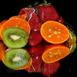 orange,kiwi and strawberry by LADOCKi Elvira - Food & Drink Fruits & Vegetables ( flowers )