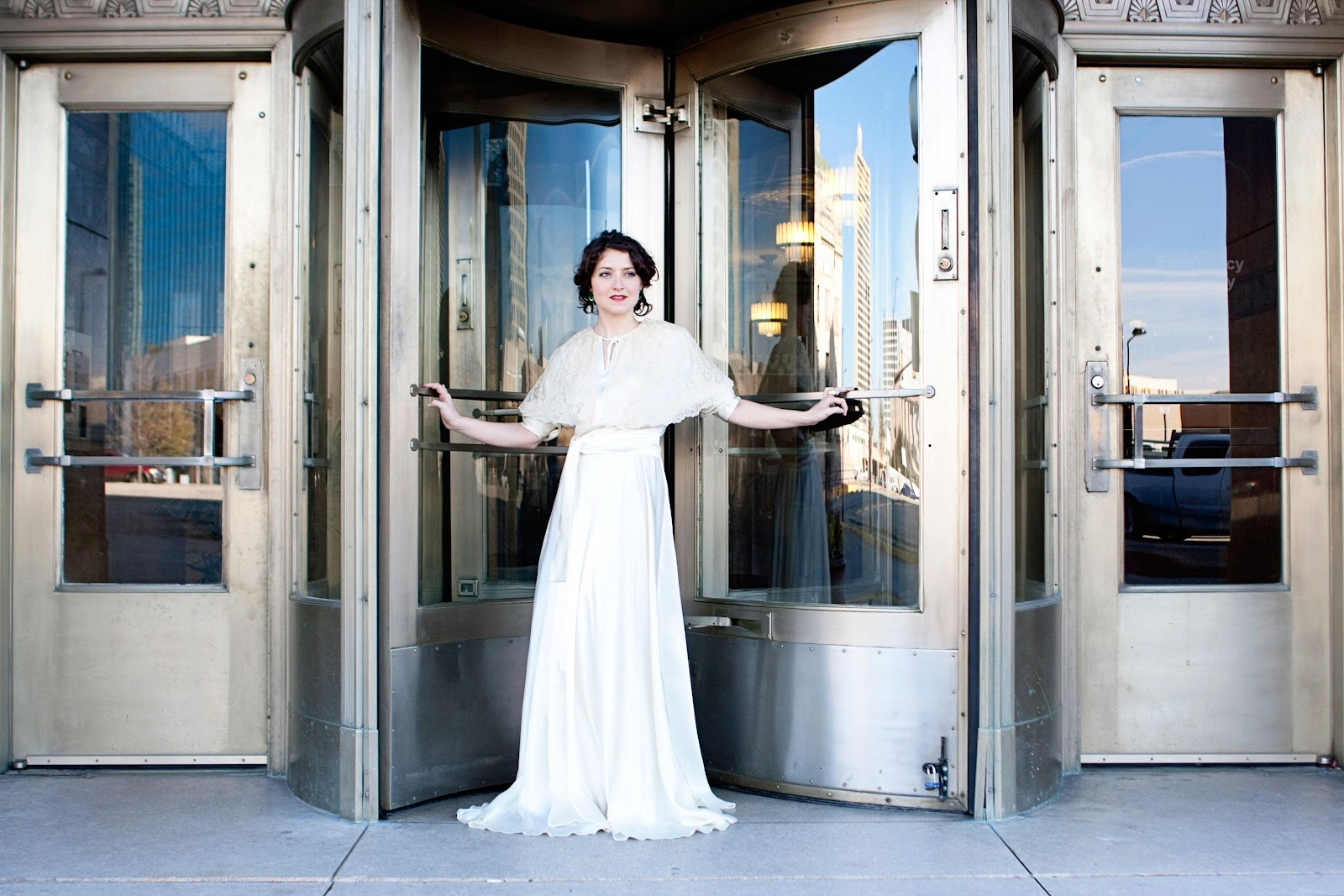 Blue Eye Brown Eye :: Vintage Wedding Dresses